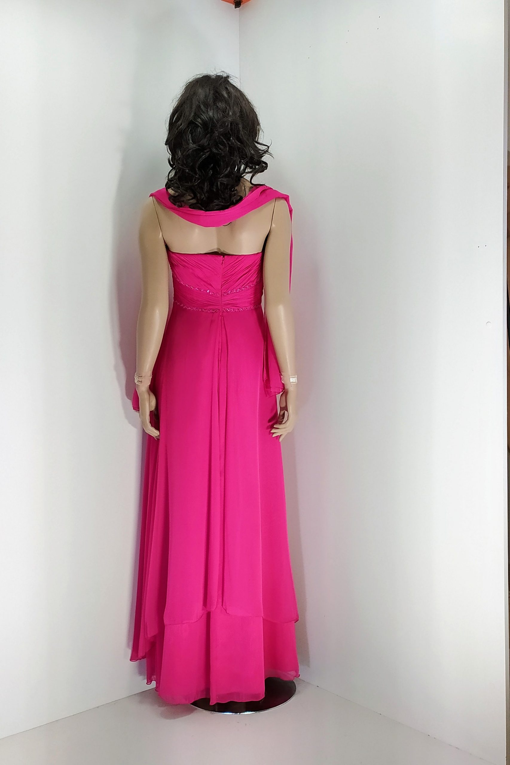 vestido_largo_fuccia_yasmina_espalda